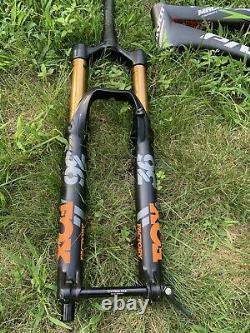 PIVOT Cycles Carbon MTB frame 27.5. FOX Factory Front/REAR shocks